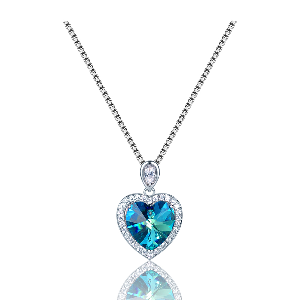 Diamond-crystal-pendant-necklace